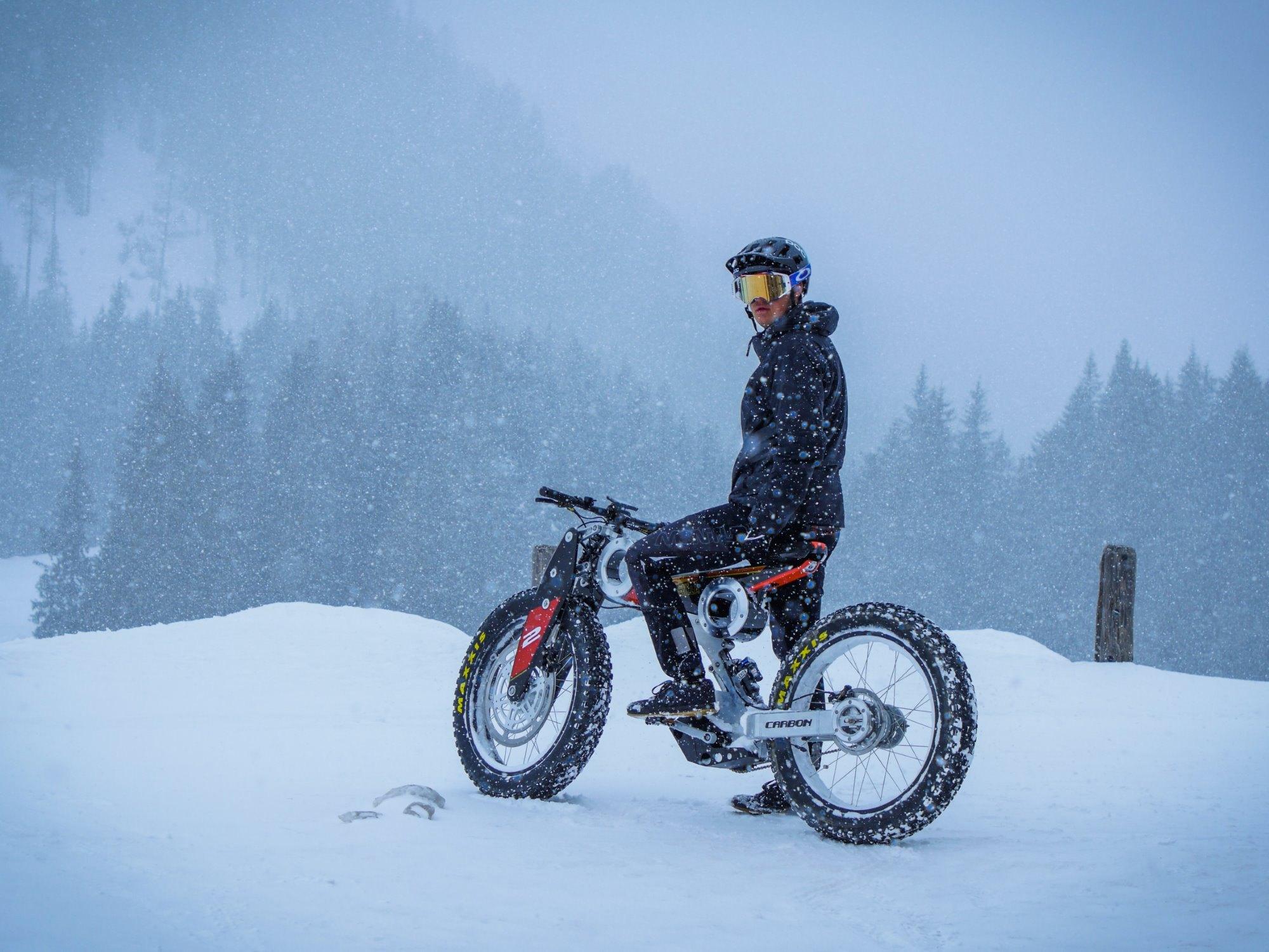 Moto Parilla CarbonSUV e Bike Foto 1 1